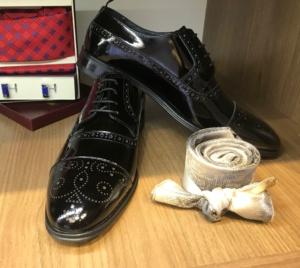crne lakovane, muske cipele, za odela, odelo, prodaja, beograd, zemun, u zemunu, za maturu, mature